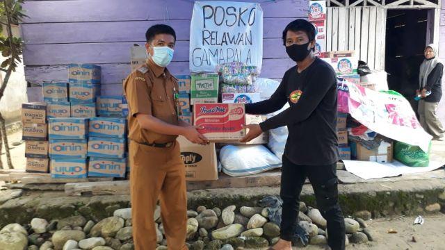 Akses Sulit,Bapenda Kota Palopo Salurkan Bantuan ke Posko Terdekat